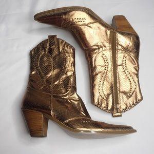 Nine West Dazzler Gold Boots 6B
